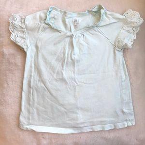 🎈3 for $15🎈Gap short sleeved t-shirt 3T